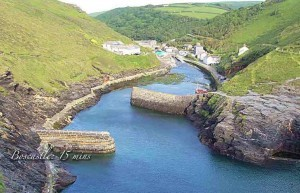 Boscastle Harbour 15 mins from our luxury holiday cottages Cornwall a luxury cottage Cornwall