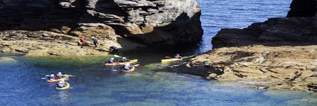 Sea Kayaking Adrenalin holiday activities near Meadowview Cottage North Cornwall