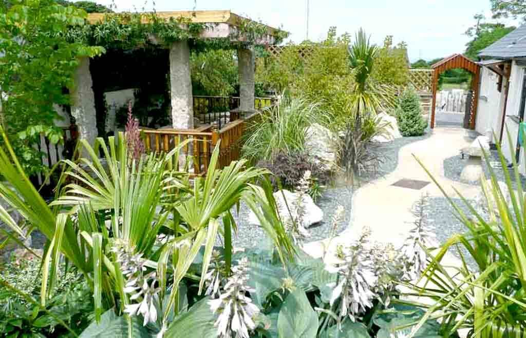 A lush tropical garden exclusive to you at our luxury cottage Cornwall