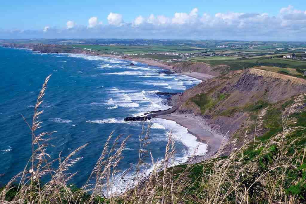 Widemouth Bay near Bude great for surfing, coastal walking and swimming 17 mins from our luxury cottage Cornwall