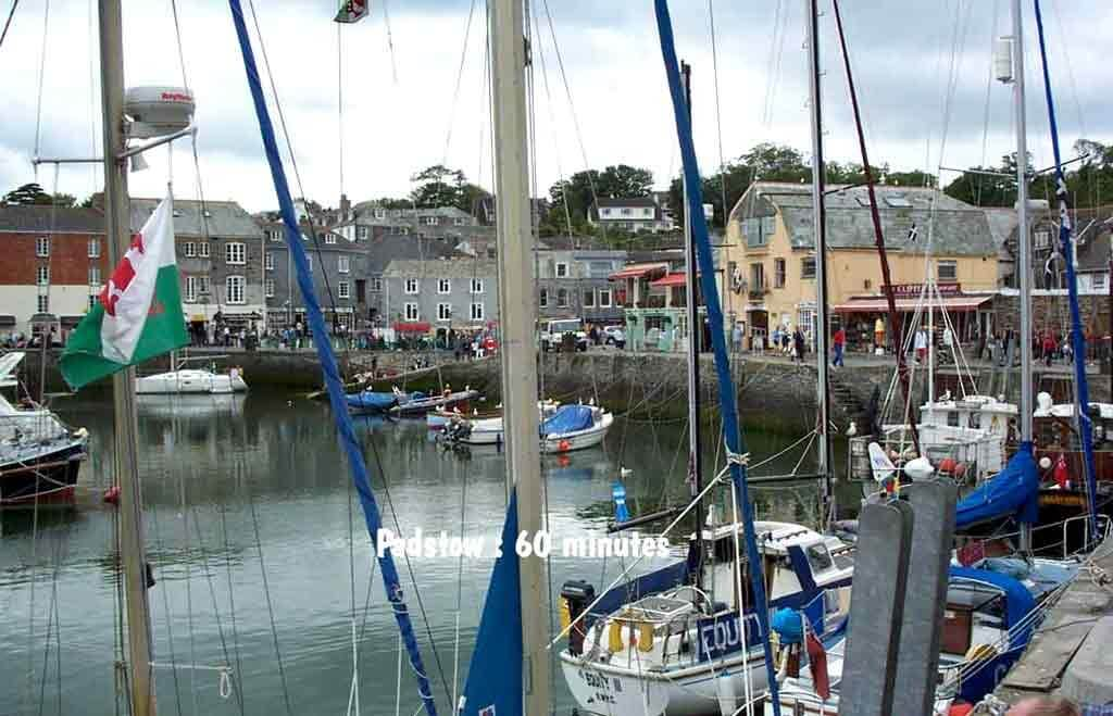 Padstow Harbour a great place to buy shellfish after the fishermen bring it in fresh from the sea 60mins from Meadowview Cottage a luxury holiday cottage Cornwall