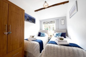 Twin Bedroom at Meadowview Cottage a luxury cottage Cornwall