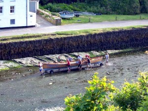 luxury Cornwall self catering near Boscastle Gig racing team on their way to practice in North Cornwall 15mins from our luxury cottage Cornwall